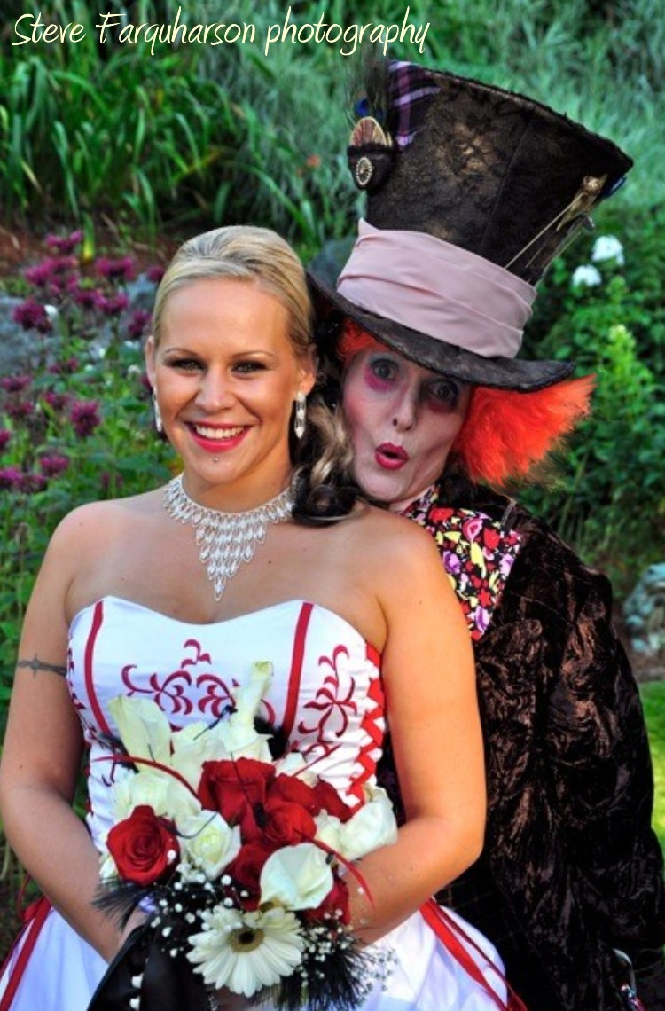 mad-hatter-alice-in-wonderland-wedding-6